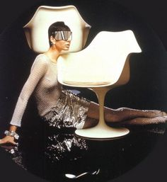 WANKEN - The Blog of Shelby White » Chairs of Mid-Century Modern #model #girl #modern #chair #vintage #midcentury