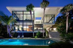 Ravishing Luxury Home in Coral Gables Overlooking the Biscayne Bay #architecture #luxury