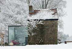 Post image for Stone And Glass Belgian Countryside Home #glass #brick #architecture