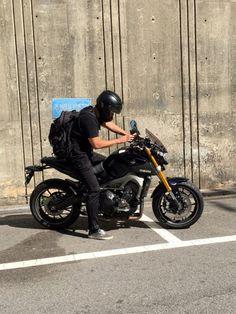 #motorcycle #bike #black #yamaha #mt09