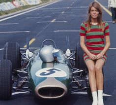 Francoise Hardy Playing In The Film 'Grand Prix' #hardy #women #franã§oise #beautiful