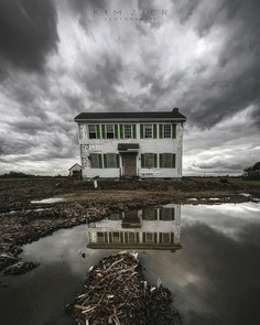 Outstandingly Beautiful Abandoned Photography by Kim Zier