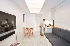 BobHubSki Minimalist Living Space Inspired by the Japanese Nakagin Capsule 3