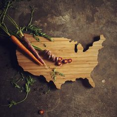 USA Shaped Cutting Board #tech #flow #gadget #gift #ideas #cool
