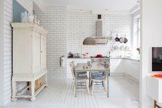 Sunny Kitchen #interior #kitchen