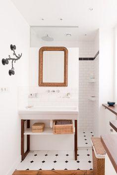dustjacket attic: Parisian Loft #indoor #bathroom