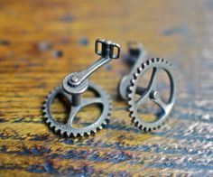 Bicycle Chainring Cufflinks #mens #cufflinks