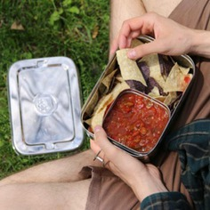 Stainless Lunchbox The Stainless Steel Lunchbox is a strong and simple lunchbox perfect for daily use. It comes in large 800ml capacity for big, healthy lunches and a 250ml capacity for small snacks and dips.