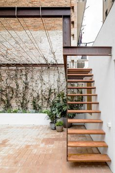 Industrial pergola and stairway. Gallery House by Carles Enrich. © Adrià Goula. #stairway #industrial
