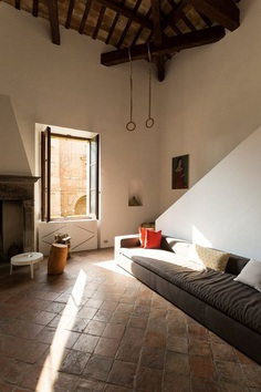 Two-Level Loft in an Historical Villa in Pesaro, Italy 4