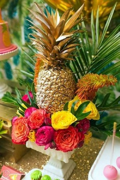 Creative Pineapple Decor Ideas for Weddings: Seen None Like These Anywhere