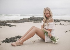 Marvelous Beauty and Lifestyle Portraits by Hayley Jones