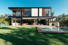 Merida House Provides an Intimate Place for a Family of Five 2
