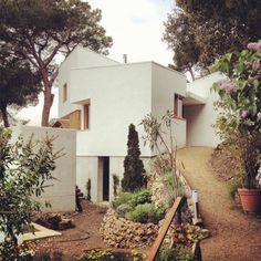 Courtesy of Alventosa Morell Arquitectes #floresta #house #alventosa #arquitectes #la #architecture #morell