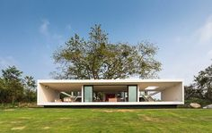 Tropical Eco-Friendly House by Alberto Zavala Arquitectos