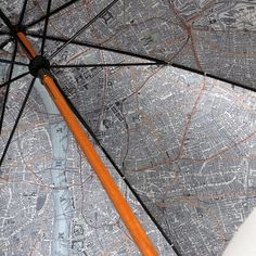 Map-Lined Umbrella by London Undercover #tech #flow #gadget #gift #ideas #cool