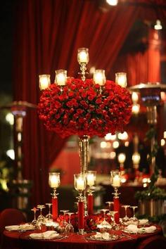 Valentine's Day Wedding Ideas: Theme Decor, Photobooth Props, Selfie Frames, And Balloon Decor!