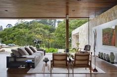 Open-Floor Family Home in Campinas Instills Peacefulness 4