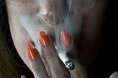 Quique Cabanillas Photograhy Blogfolio #smoke #cigarette #orange #photography #nails