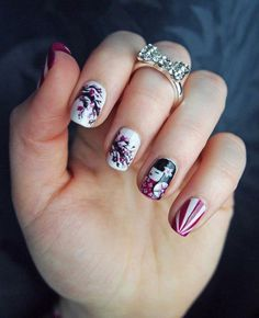 Short is also fashionable. Many people think Nail Art is only for longer nails but this proves it otherwise. The short nails are greatly com