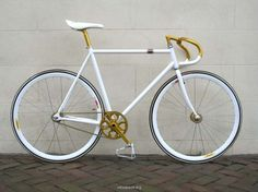 tumblr_lztf6igro61qzlu6jo1_1280.png (1200×900) #white #fixie #fixed #gear #gold #bike