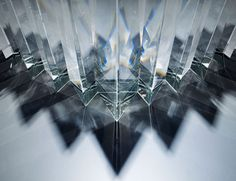 tokujin yoshioka at museum of contemporary art, tokyo #glas #light #prism