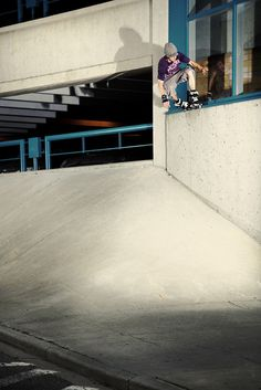Sean Knight — Topside X grind to Fakie © 2009 Chris Wedman #chris #rollerblading #sean #wedman #blading #knight