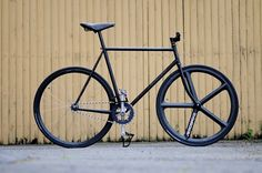 fujiobeybike.jpg (600×398) #fixie #black #all #aerospoke #bike