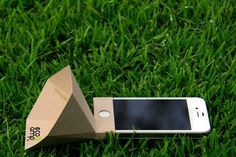 The ecoamp an environmentally friendly iPhone speaker | Apple | Gear #amp #design #ecology #iphone #music #technology
