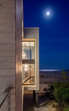 Beachfront House in New Jersey Designed for a Family of Five 12
