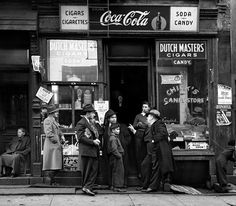 Black and White Photography by Walter Rosenblum #inspiration #white #black #photography #and