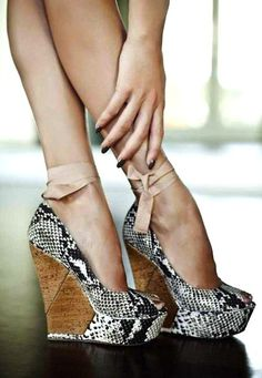 Pinned Image #wood #shoes #snake