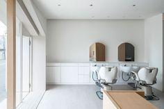 Folm Arts Beauty Salon by Tsubasa Iwasashi Architects