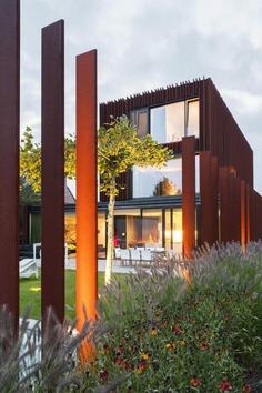 CorTen House in Kontich, Belgium / DMOA Architects