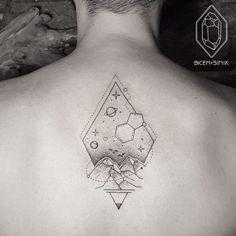 This diamond-shaped design.