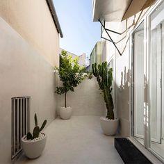Graca Apartment in Lisbon / Fala Atelier