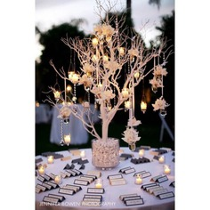 tree decoration for wedding