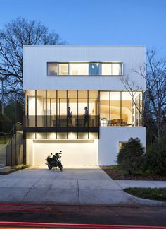 Lazor Office Envisioned This Inspiring Custom Home as a Stack of Blocks 11