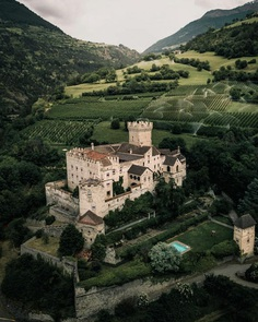 Outstanding Landscape and Adventure Photography by Giulio Groebert