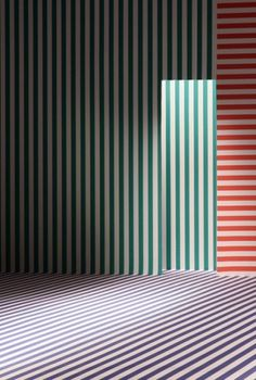 annedevries_whitelllines.jpg (439×650) #walls #rgb