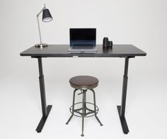 StandDesk takes design to its limits. This automatic height-adjusting desk lets you work sitting or standing in the office. #design #office #product #furniture #industrial #desk