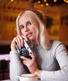 Marvelous Female Portrait Photography by Evgeny Dronov