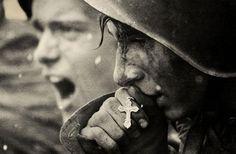 Soldados russos se preparam para a batalha de Kursk, julho 1943
