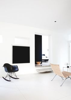 Living room. Hellerup Apartment by Norm.Architects. #livingroom #normarchitects #minimalism