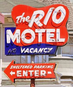 (1) Tumblr #old #lettering #sign #rio #motel #vacancy #type #typography
