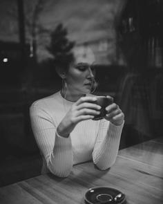 Vibrant Fashion and Lifestyle Photography by Anika Stiegler