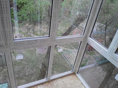 French balcony | Krivoy Rog | Price http://oknasv.com.ua/frantsuzskiy-balkon-rasshireniye Expansion of the balcony | Reinforcement of the slab of the balcony | French glazing | French Window