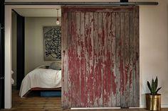 Kingswood Loft by Massimiliano Capocaccia Architecture Studio