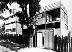 joseCastilloMexican+Modernisms_Page_06_Image_0001.jpg (JPEG Imagen, 912x666 pixels) #mexican #architecture #modernism