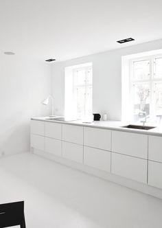 Kitchen. Copenhagen Townhouse II by Norm.Architects. #kitchen #normarchitects #minimal